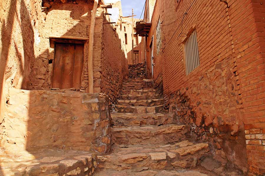 Abyaneh Red Village Tours